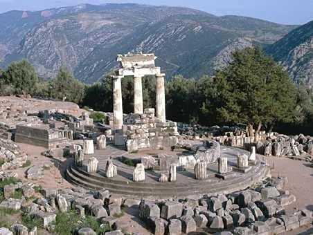oracolul-din-delphi-centrul-lumii-spirituale